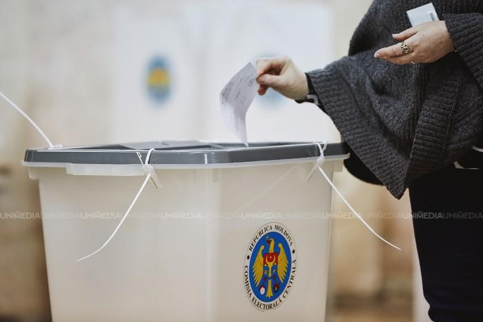 Promo-Lex. Încă o serie de încălcări în timpul votării, în intervalul 15:00-20:00: Agitație electorală, fotografierea buletinelor și neînțelegerea întrebării