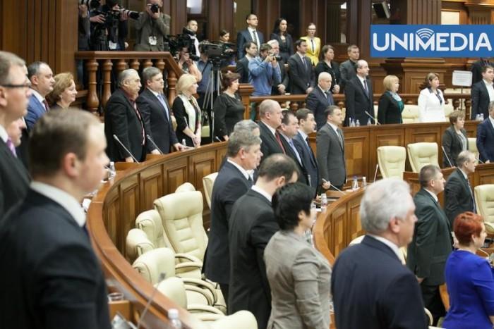 Propunere PCRM, acceptată în unanimitate de deputați în Parlament