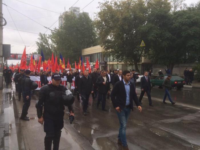 PSRM dă startul colectării semnăturilor: Republica Moldova, țară prezidențială, iar miniștrii supuși șefului statului