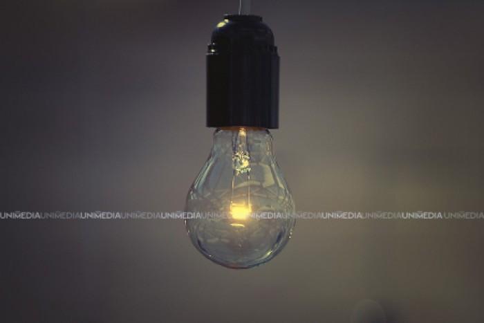 Rămân fără curent electric. În mai multe localități va fi deconectată astăzi energia electrică