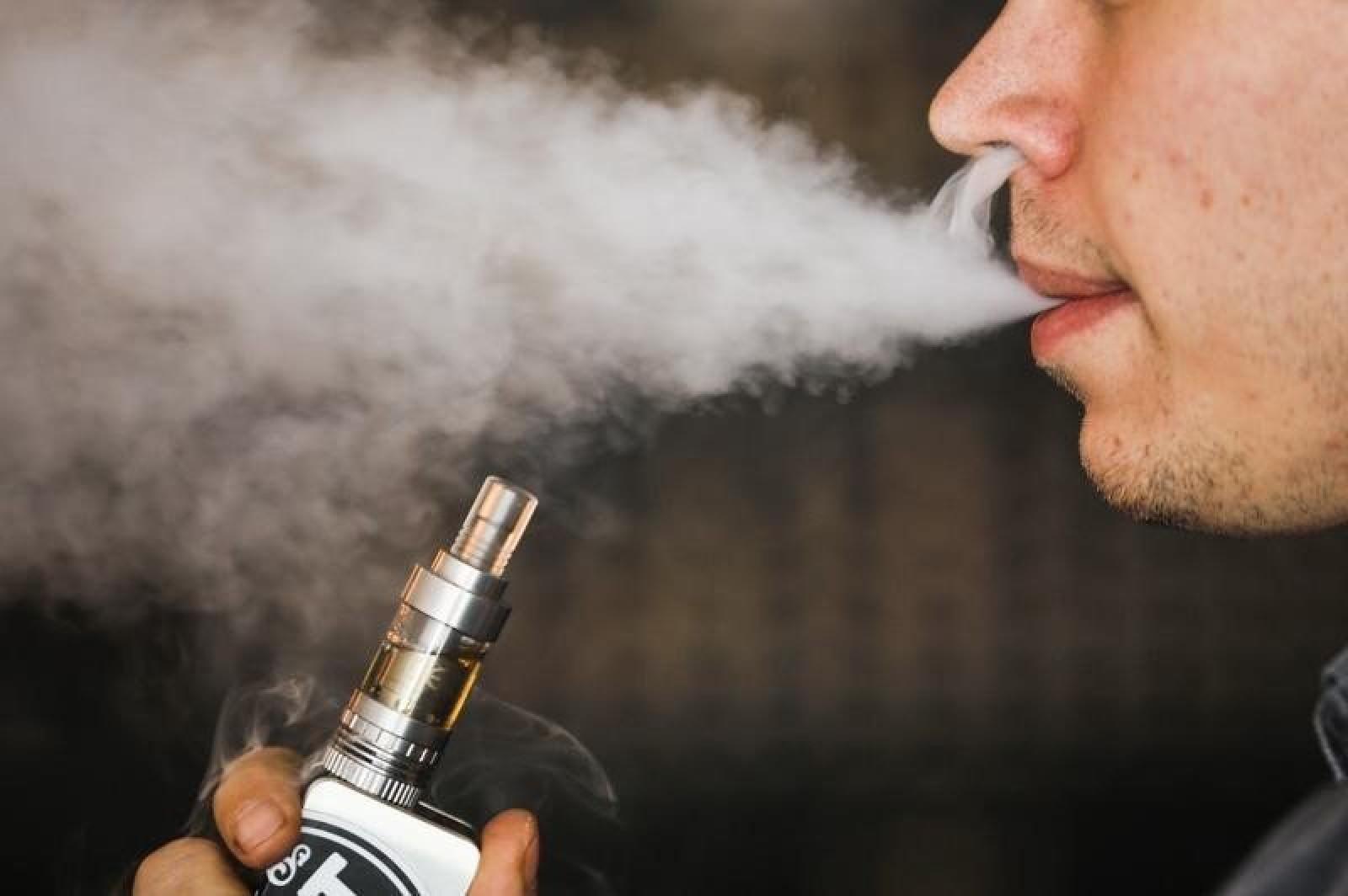 Raport al Ministerului Sănătății din Marea Britanie: Țigările electronice sunt cu 95% mai puțin nocive decât țigările clasice