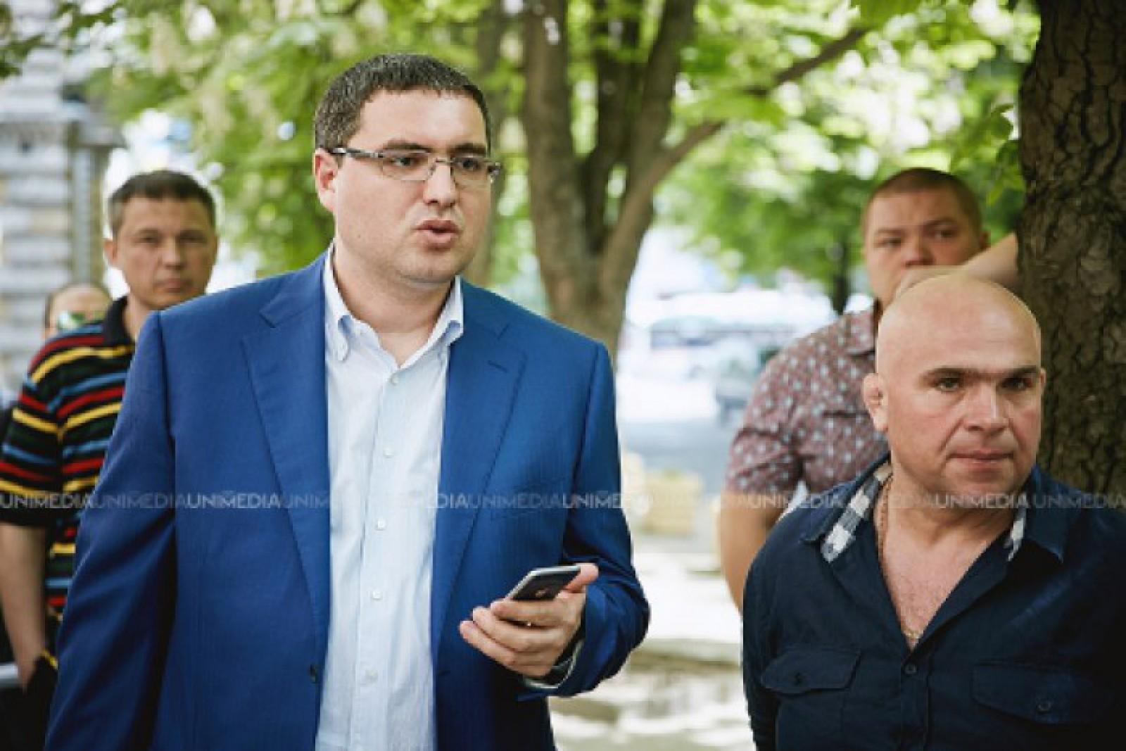 """Renato Usatîi: """"Ion Ceban va fi scos din cursă, așa a decis Vladimir Plahotniuc și """"semipreședintele"""" Dodon"""""""