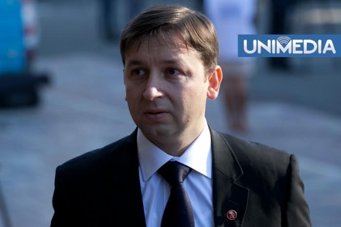 Reniță spune că Reșetnicov ar fi un potențial succesor al lui Voronin