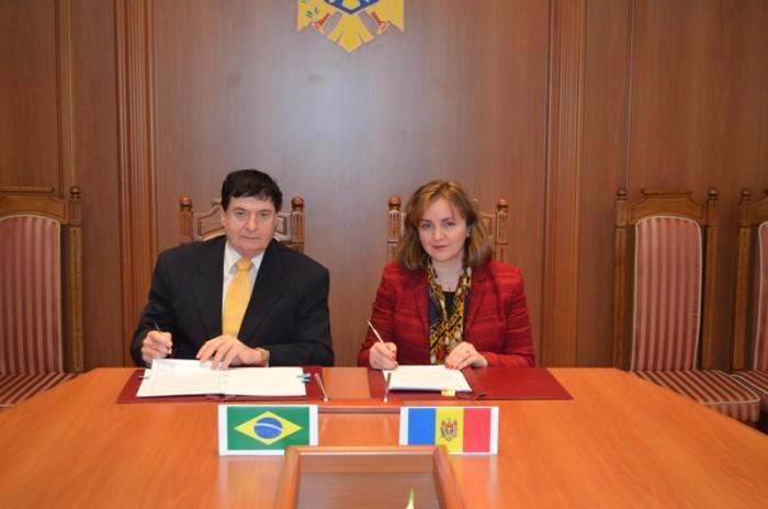 Republica Moldova şi Brazilia au semnat Acordul privind călătoriile fără vize