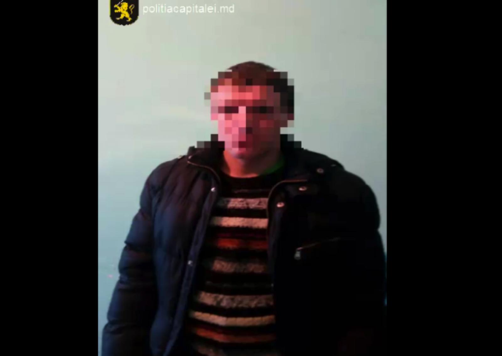 Reținut la scurt timp: Individul care a dat alerta cu bombă la un parc de troleibuze din capitală, reținut