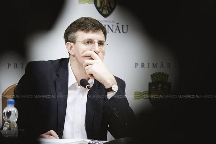 Referendum 2017: Tot ce trebuie să știi despre plebiscitul de duminică în care se va cere demisia lui Dorin Chirtoacă
