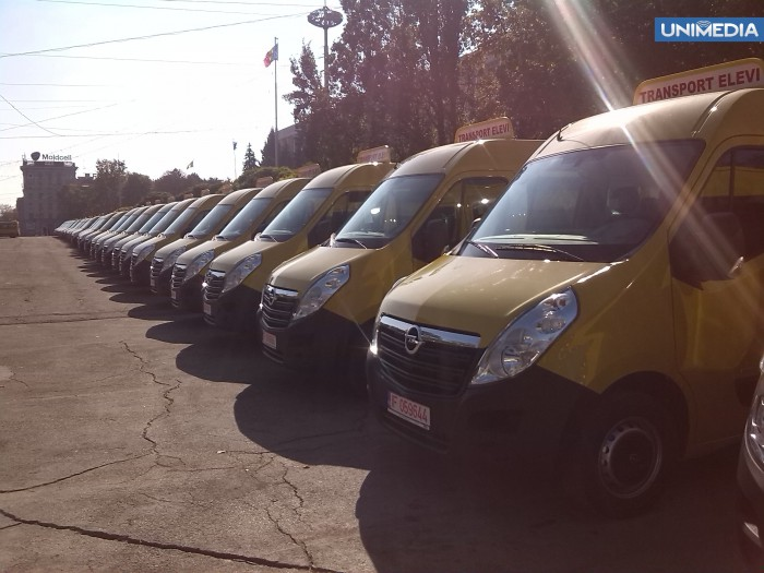 România va dona Republicii Moldova 95 de microbuze pentru transportul elevilor