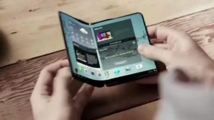 """Samsung pregăteşte un telefon """"Note"""" cu ecran flexibil"""