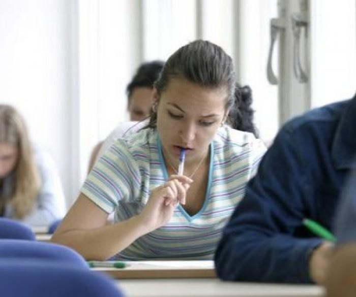 Sancțiuni dure pentru publicarea subiectelor la examenele de BAC