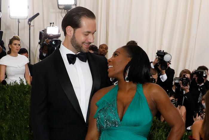 Serena Williams va avea oaspeți de renume la nunta sa: Jay-Z și Beyonce au fost invitați la eveniment