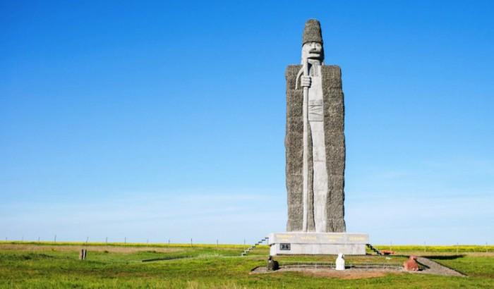 Statuia ciobanului moldovean din regiunea Odesa, inclusă în Cartea Recordurilor Guiness