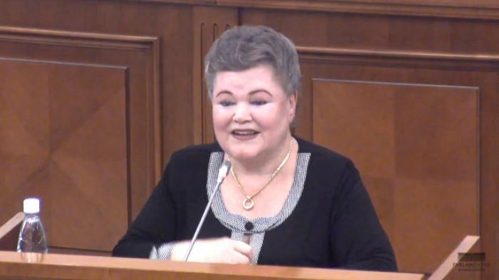 Stop cadru în Parlament: Deputata Hrenova a cerut să i se acorde întrebări doar în limba rusă