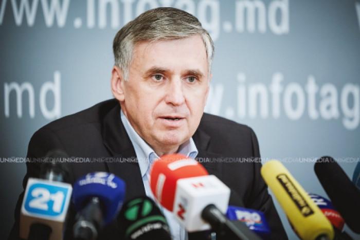Sturza, despre situația din Moldova: Fum...și încă un miliard furat!