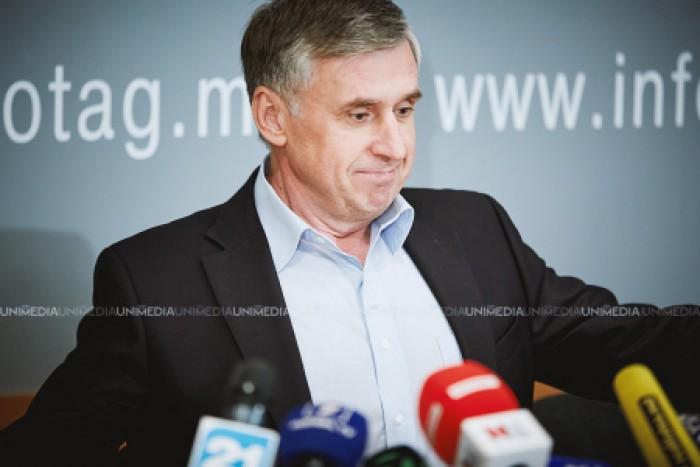 Sturza: Ghimpu și-a aruncat telefonul în iaz când a văzut că-l sună Băsescu