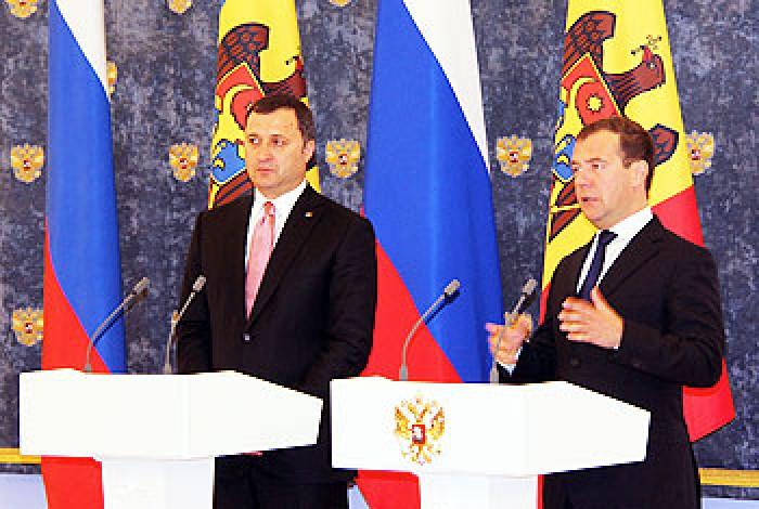Subiecte de discuții la Moscova: Vizita lui Medvedev la Chișinău și vinul moldovenesc