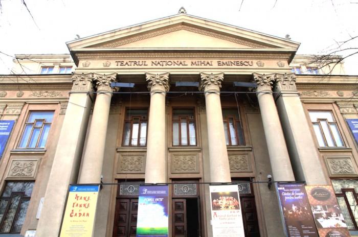"""Teatrul Național """"Mihai Eminescu"""" invită la serata de omagiere a marelui poet. Intrare liberă!"""