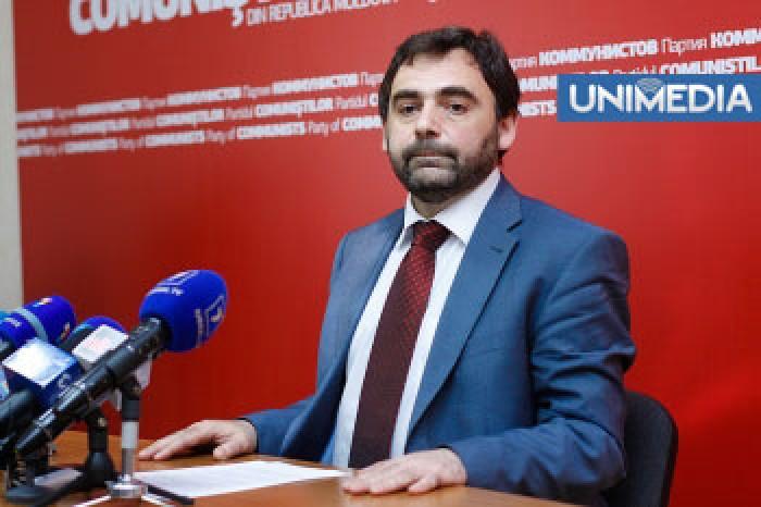 """Tkaciuk recunoaște că PCRM nu s-a ținut de cuvânt în cazul """"statutului limbii ruse"""""""