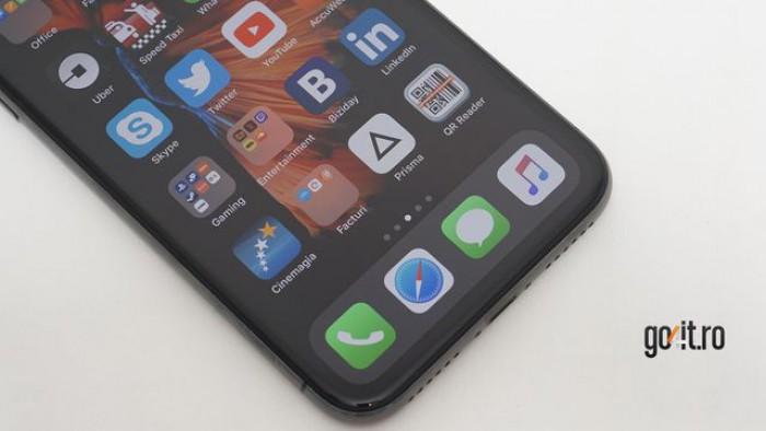 Touchscreen-ul de pe iPhone X nu rezistă la temperaturi scăzute. Apple promite rezolvarea prin update de software