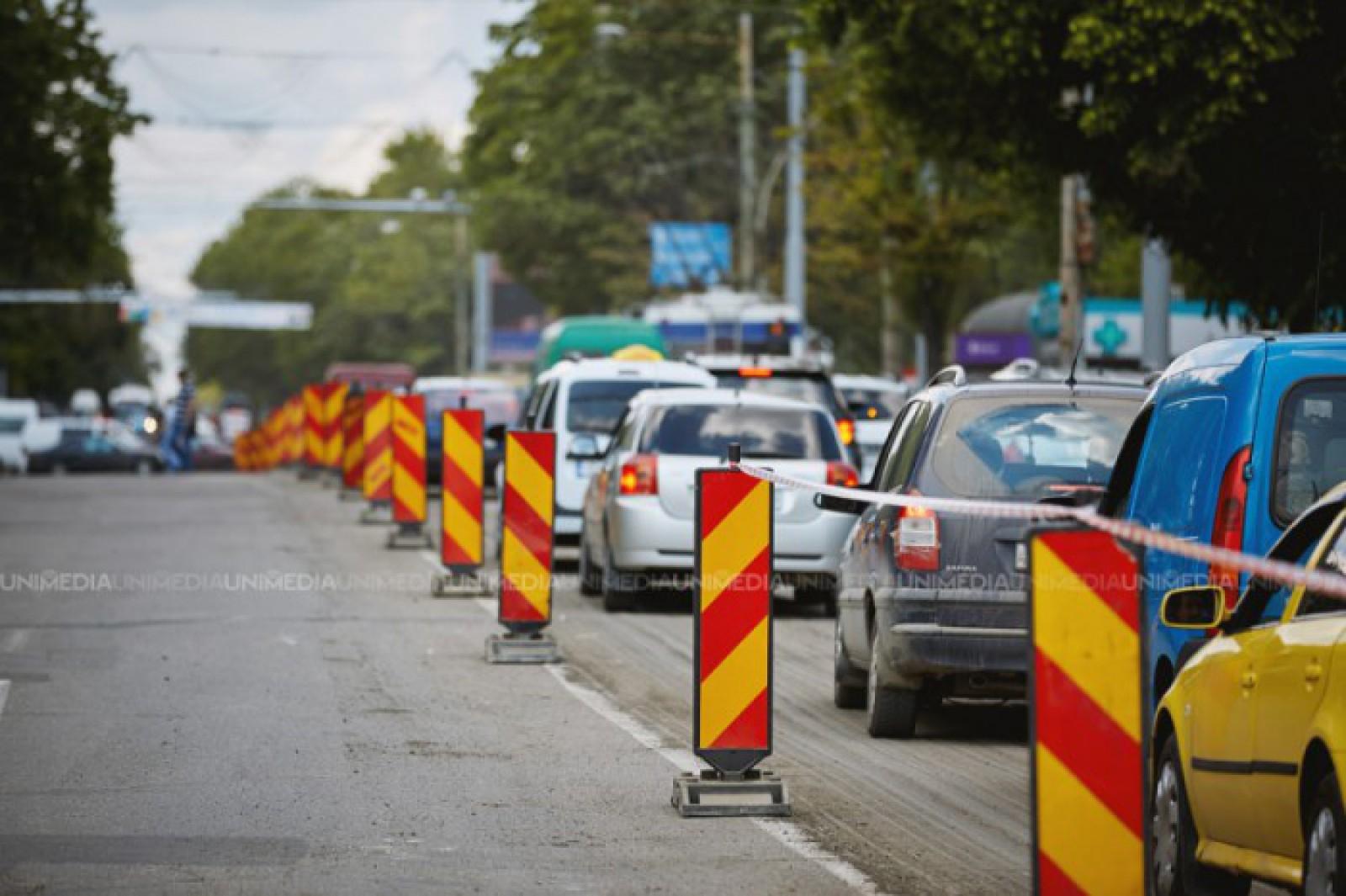 Trafic rutier suspendat pe mai multe străzi din capitală, în legătură cu lucrările de reparație. Adresele vizate