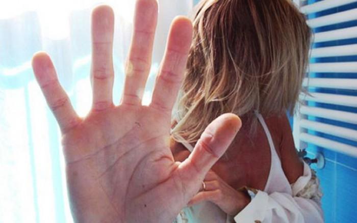 """Traficanții de persoane folosesc metoda """"Loverboy"""" pentru a racola moldovence în prostituție"""