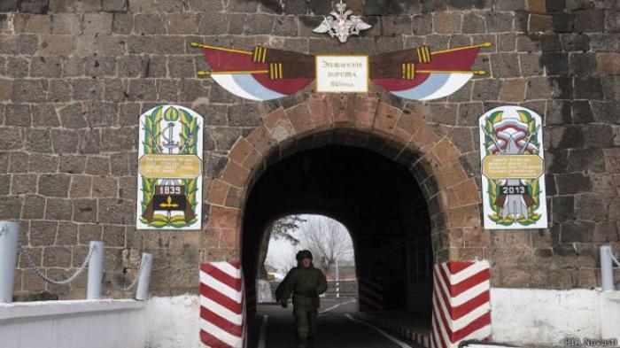 Membrii unei familii armene au fost împușcați mortal. Crima ar fi fost comisă de un soldat rus