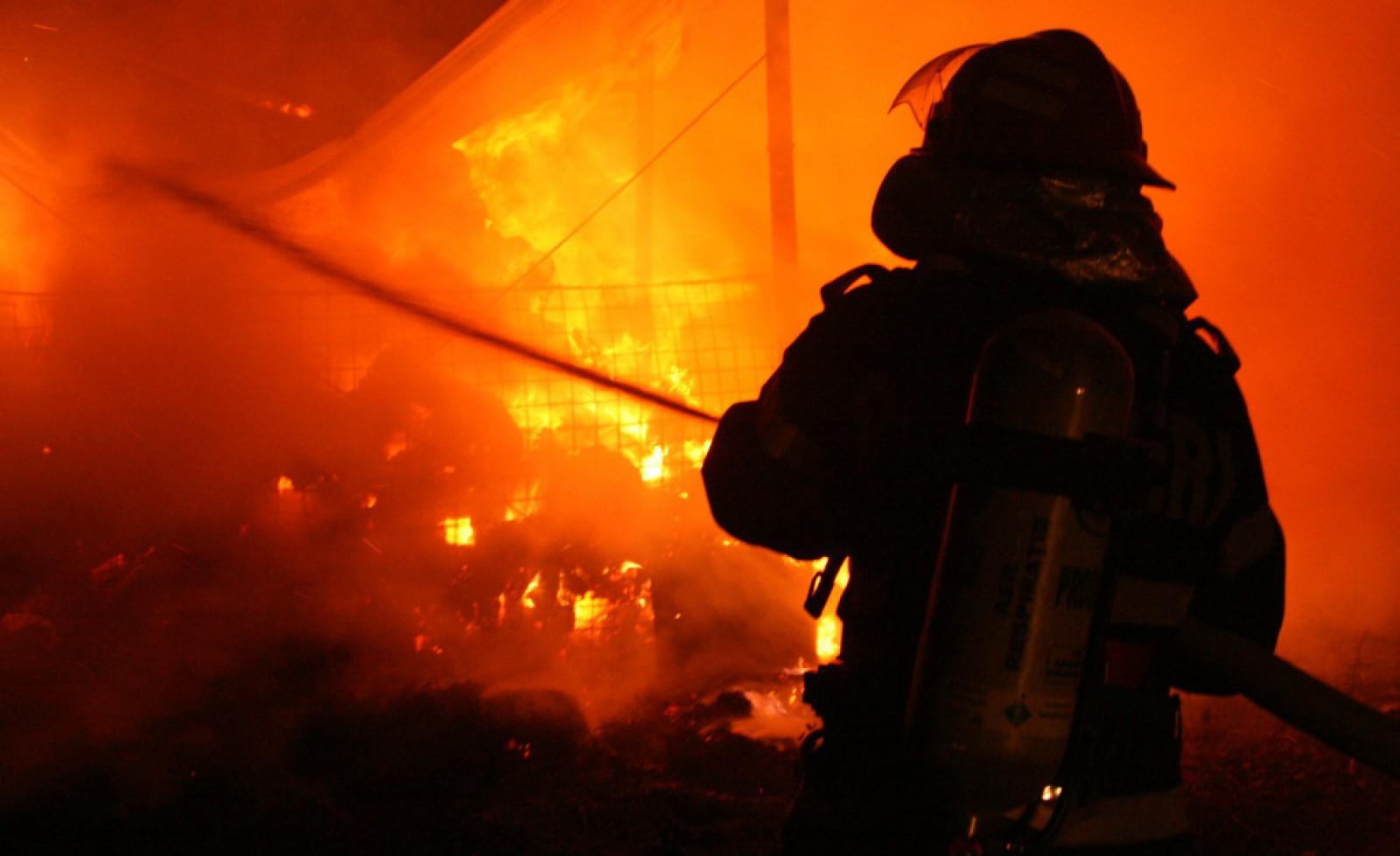 Tragic: Două persoane au decedat într-un incendiu la Ungheni