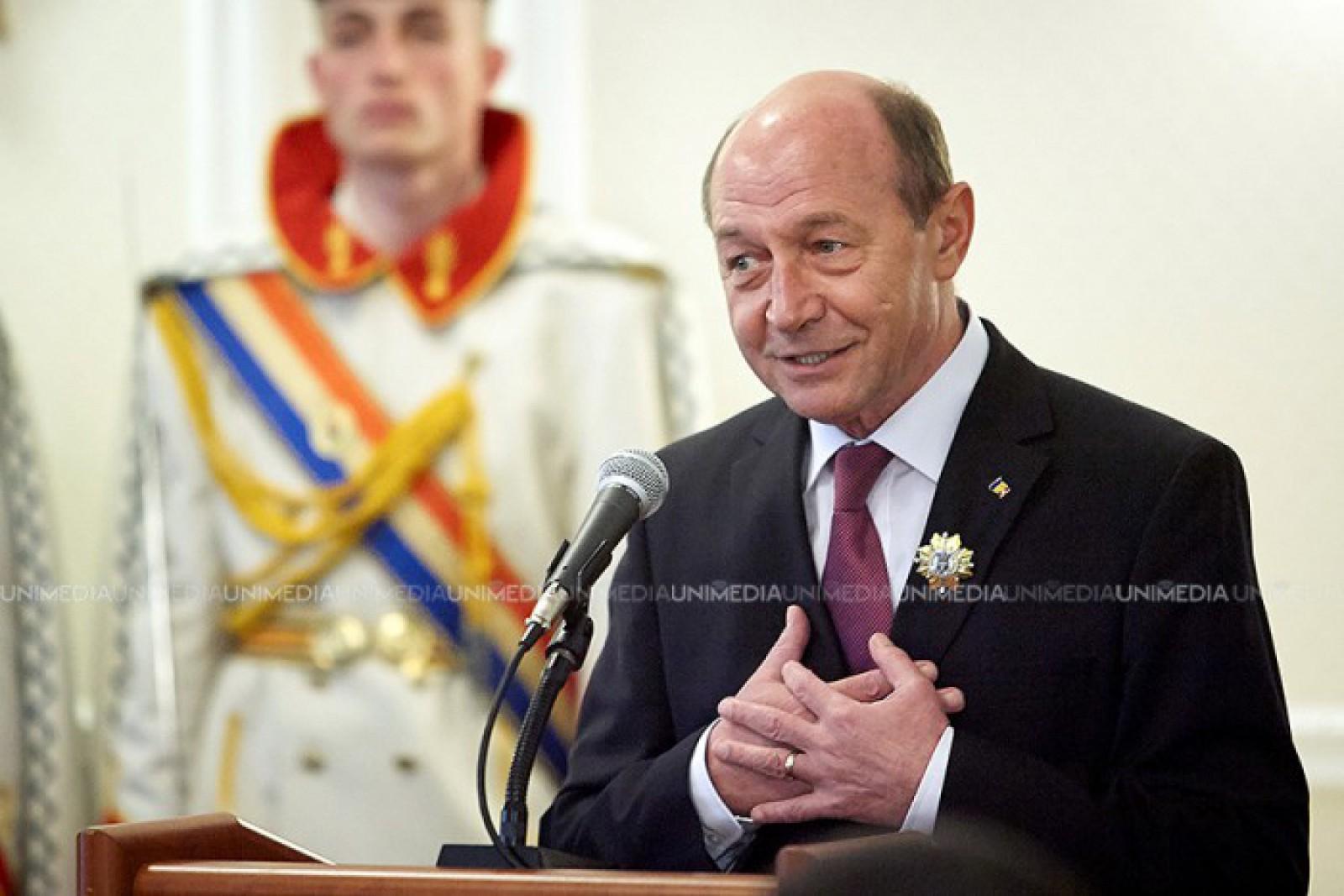 Traian Băsescu: Dacă Andrei Năstase trece în turul 2, candidatul lui Dodon va pierde