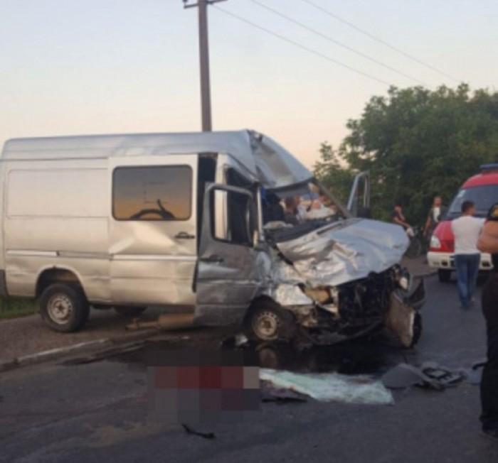 Trei moldoveni răniți în accidentul din Cernăuți vor fi aduși acasă de Serviciul Situații Excepționale