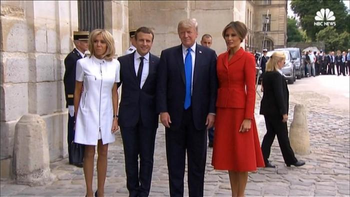 (video) Trump către prima doamnă a Franței: Ești într-o formă atât de bună