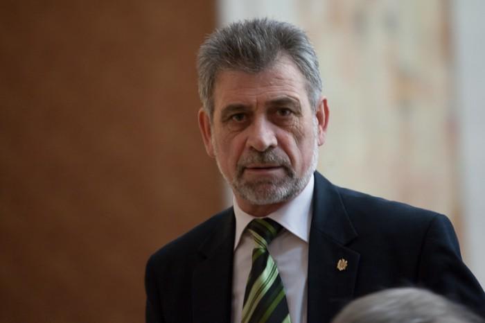 Tudor Deliu împlinește 62 de ani: Ce cadou și-a făcut deputatul