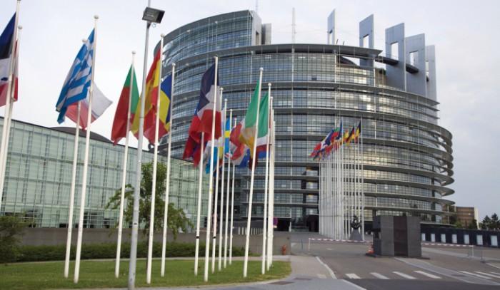 Ultima oră: Parlamentul a aprobat acordarea asistenței macro-financiare în valoare de 100 mil. de euro Republicii Moldova