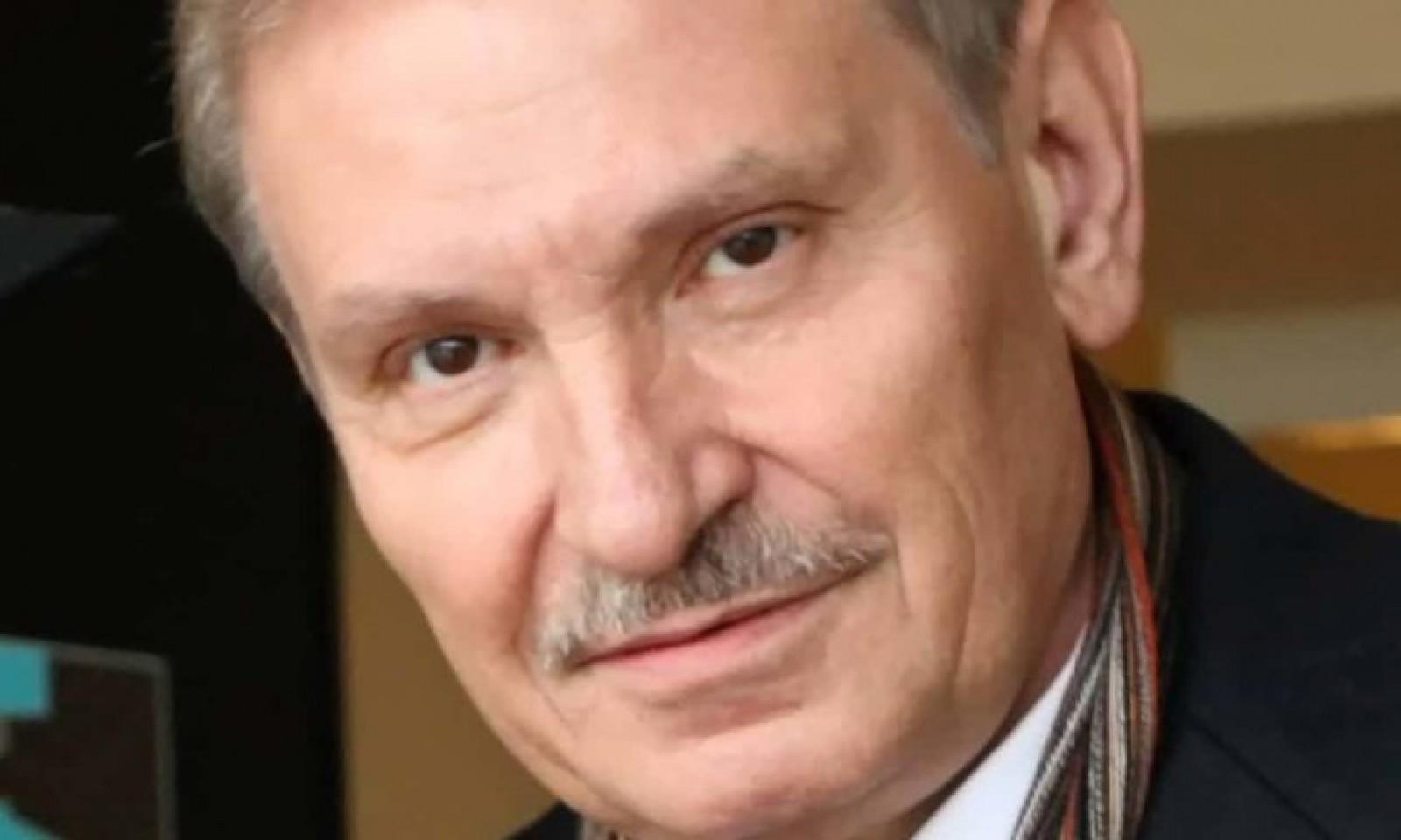 Un rus care a cerut azil politic în Marea Britanie, găsit mort în locuința sa din Londra