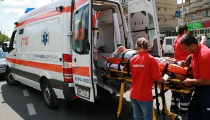 Un tânăr moldovean s-a aruncat de la etajul unui bloc din Iași: Victima se certase cu soția