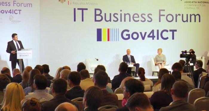 """Vânzări de servicii IT în valoare de 2,16 miliarde de lei în 2016. Forumul """"Gov4ICT"""" a adunat zeci de companii IT din Moldova"""