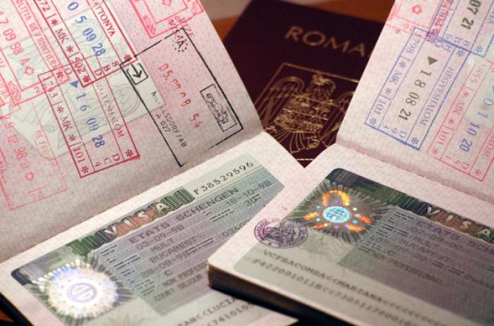Veste bună pentru românii cu vize SUA. De la 1 mai vor putea călători în Canada doar în baza unei autorizaţii electronice