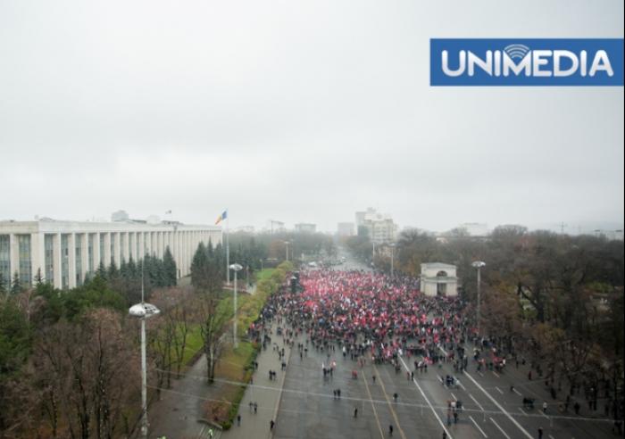 (video, foto) Protestul comuniștilor în imagini video și foto