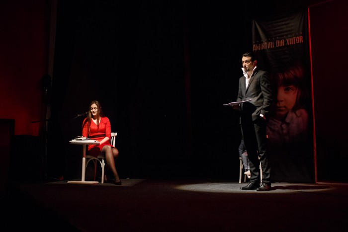 """(video, foto) Volumul III al trilogiei """"Amintiri din viitor"""" de Andreea Russo a fost lansat la Teatrul Geneza Art din Chișinău"""