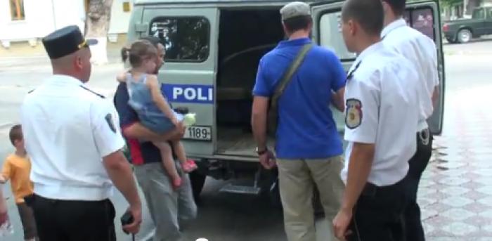 (video)  Jurnalistul Oleg Brega, agresat de un enoriaş