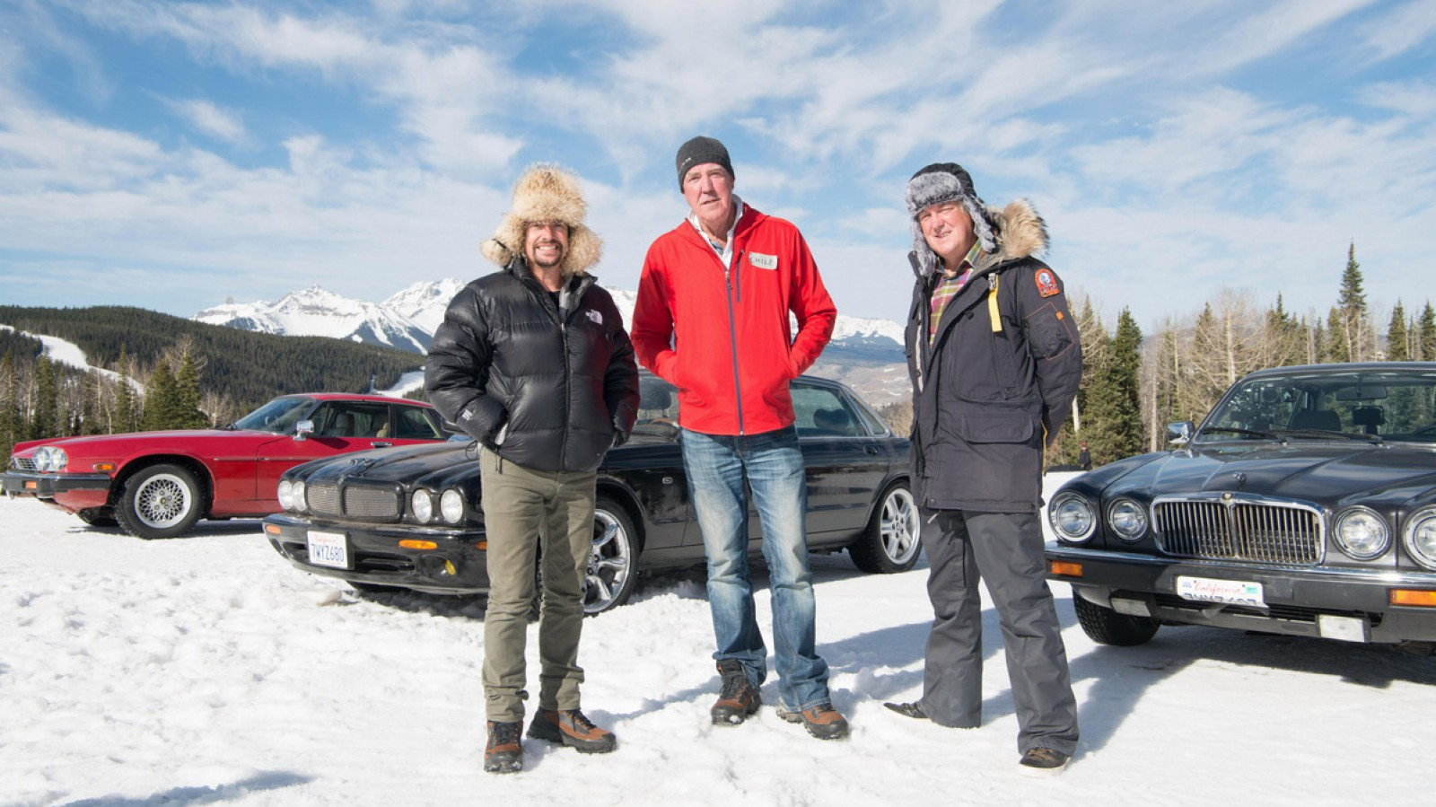 (video) Aventurierii din The Grand Tour au mers la schi cu Jaguar-uri vechi
