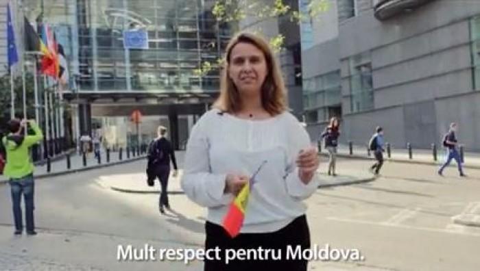 (video) Campania democraților, promovată de cetățenii străini