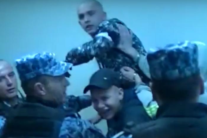 (video) Crime Moldova. Omorul minorei din Străşeni: Dosarul a ajuns la Curtea de Apel: Asasinii au aruncat cu ghetele în cei care filmează