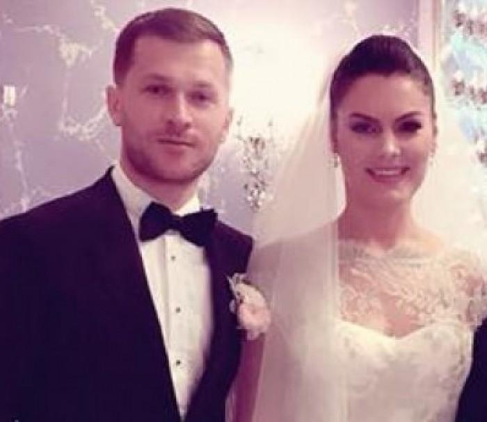 (video) Cum a fost primul dans al mirilor Alina Zotea și Vlad Durnea