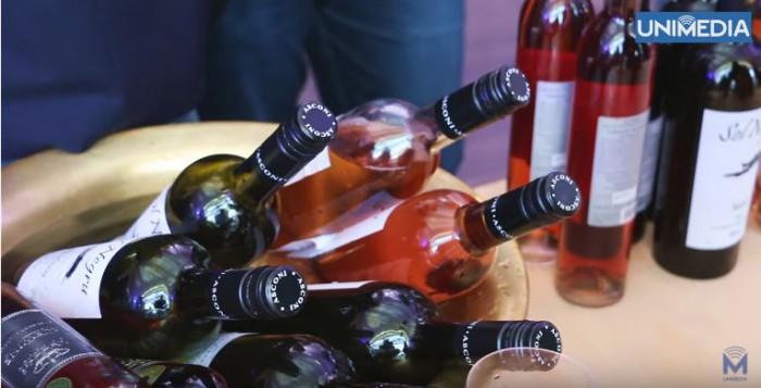 """(video) Cum s-a desfășurat o nouă ediție a Vernisajului Vinului """"în vals de primăvară"""""""