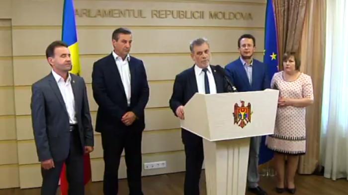 (video) Declarațiile PLDM după votarea sistemului mixt: Schimbarea sistemului electoral într-o țară poate fi făcută în 3 minute?