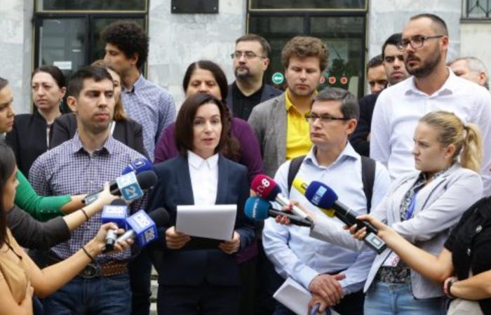 (video/doc) PAS a depus un denunț împotriva lui Vladimir Plahotniuc, pentru uzurparea puterii în stat