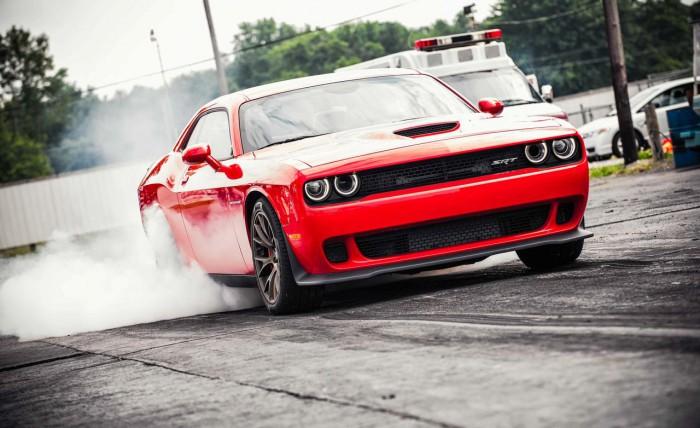 (video) Dodge pregăteşte un Challenger mai puternic decât Hellcat – Demon