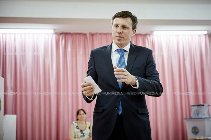 (video/foto) Dorin Chirtoacă, după votare: Sunt convins că voi învinge