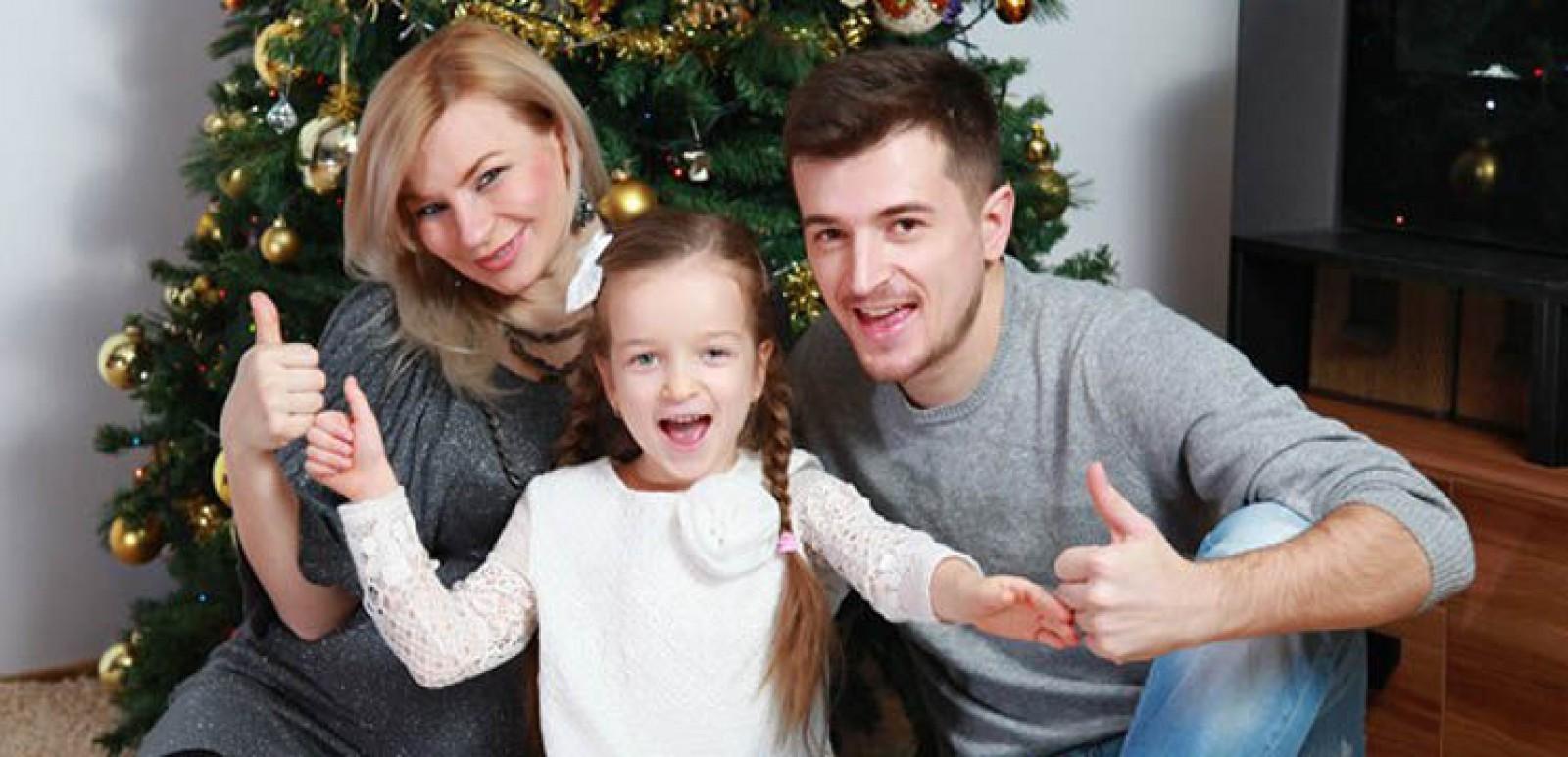 """(video) Fiica lui Radu Sîrbu a lansat o piesă nouă """"Vara De Craciun"""