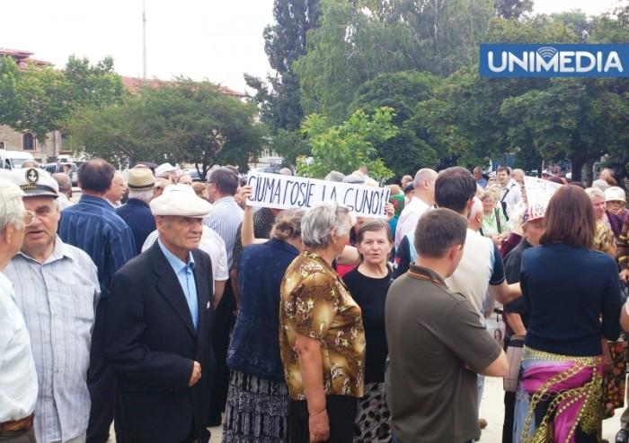 (video) Filat și reformatorii PL, huiduiți în timpul comemorării victimelor regimului sovietic