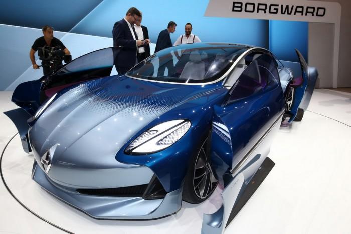 (video) Frankfurt 2017: Premieră mondială – Borgward Isabella Concept